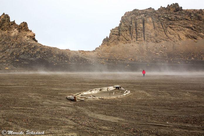Deception Island – Lost Place in der Antarktis