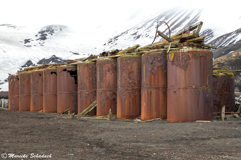 alte Dampfkocher auf Deception Island
