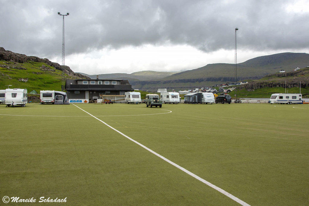 Färöer-Inseln - Roadtrip Land Rover Serie II
