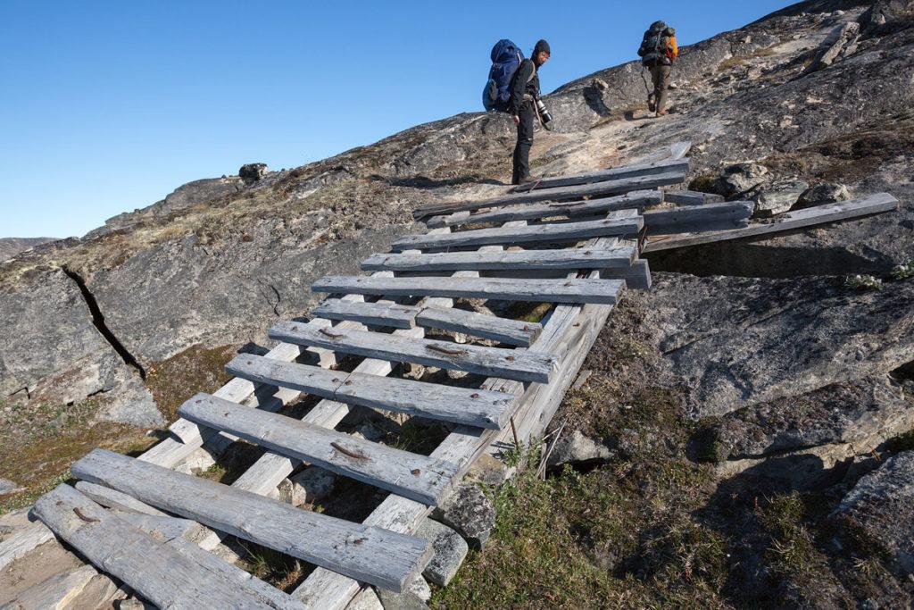 Über Stock und Stein führt unsere Hiking Tour vom Eqi-Gletscher zum Inlandeis