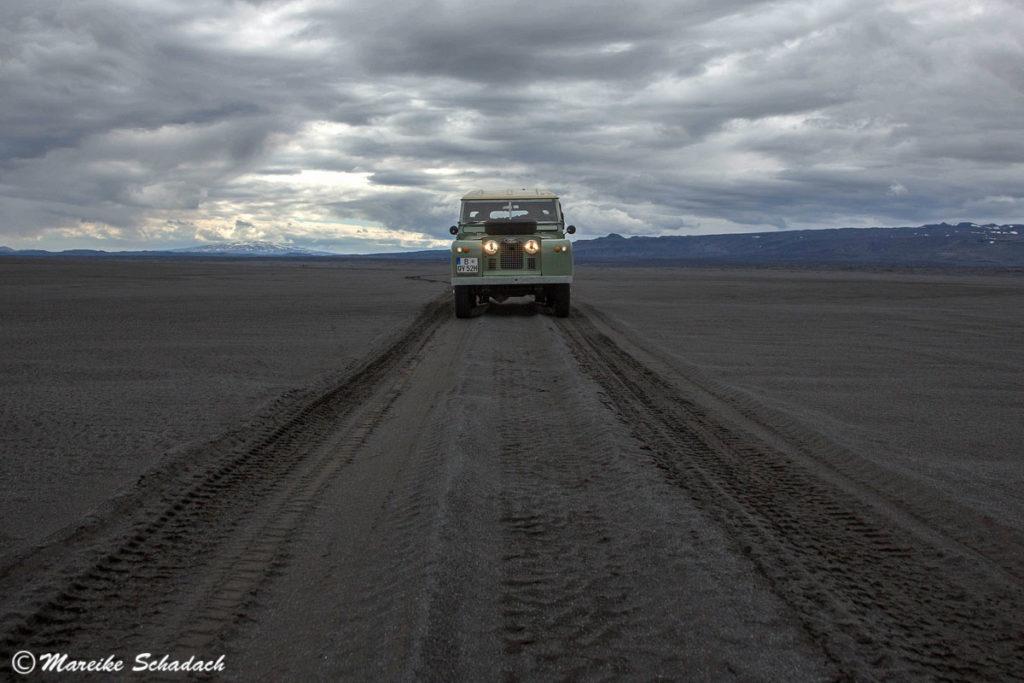 """Mit Land Rover Serie II nach Island - ABC für einen """"Offroad""""-Trip"""