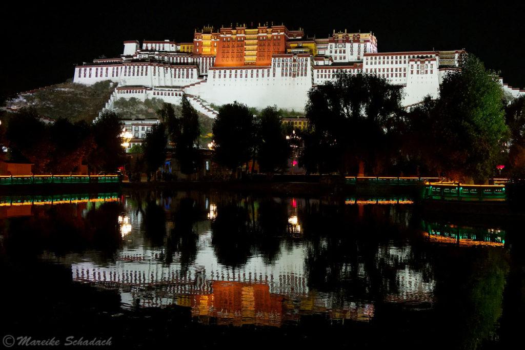 Potala Palast in Lhasa – Fototipps - Wasserspiegelungen