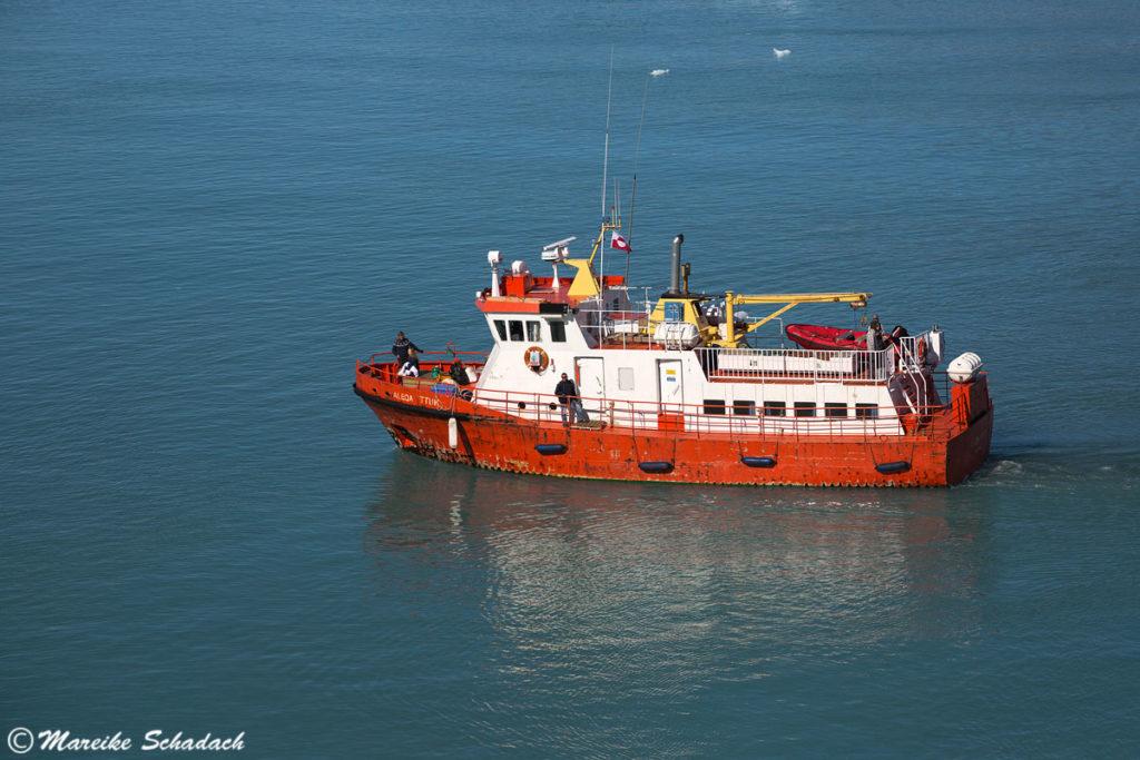 Schiff zum Eqi-Gletscher, Grönland