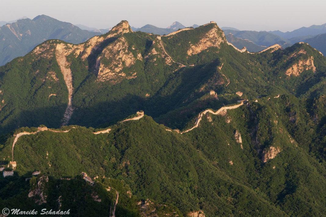 Chinesische Mauer Sonnenaufgang und Sonnenuntergang