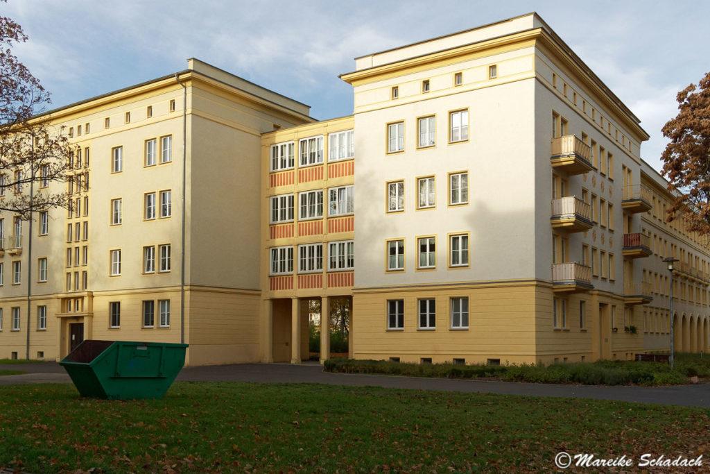 Wohnblocks im Wohnkomplex II als Teil der sozialistischen Planstadt Eisenhüttenstadt