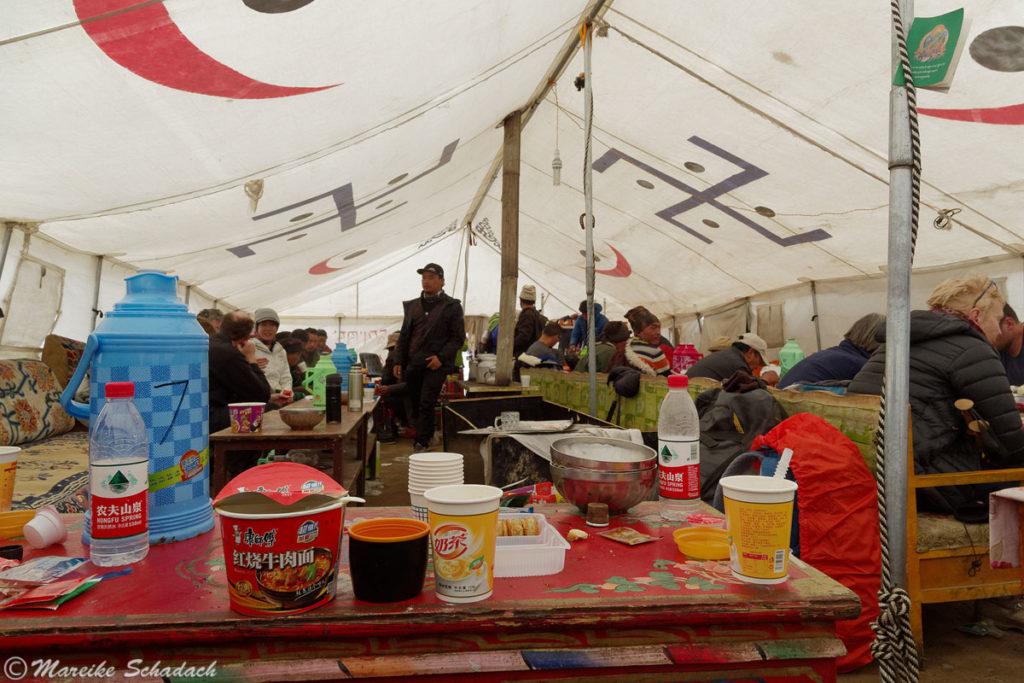 Versorgungszelt während der Kora um Kailash