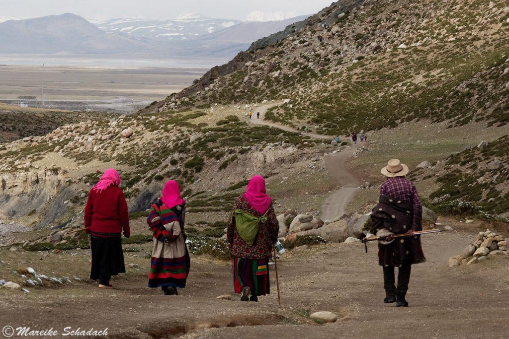 TibeterInnen bei der Kora