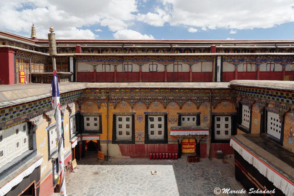 Innenhof vom Sakya Kloster