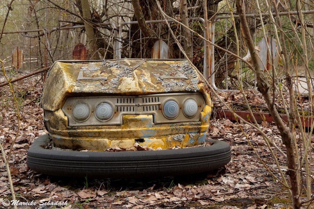 Autoscooter im Vergnügungspark Prypjat - Fotografieren in Tschernobyl
