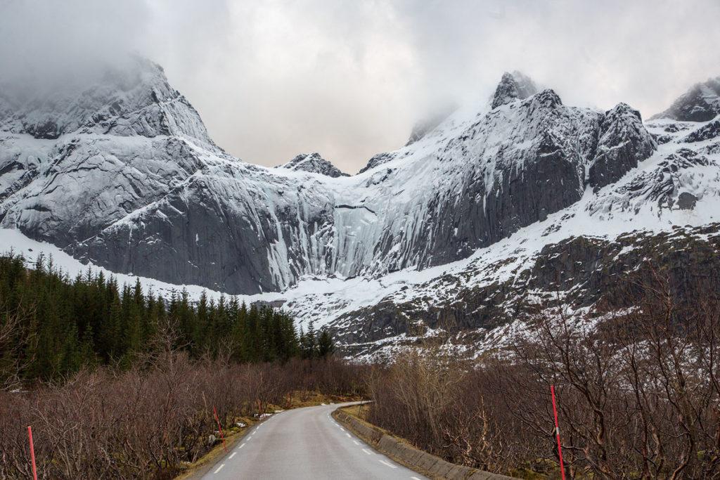 Straße nach Nusfjord