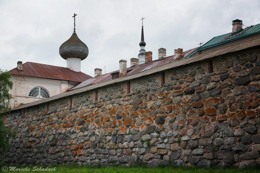Im Innenhof der Klosteranlage