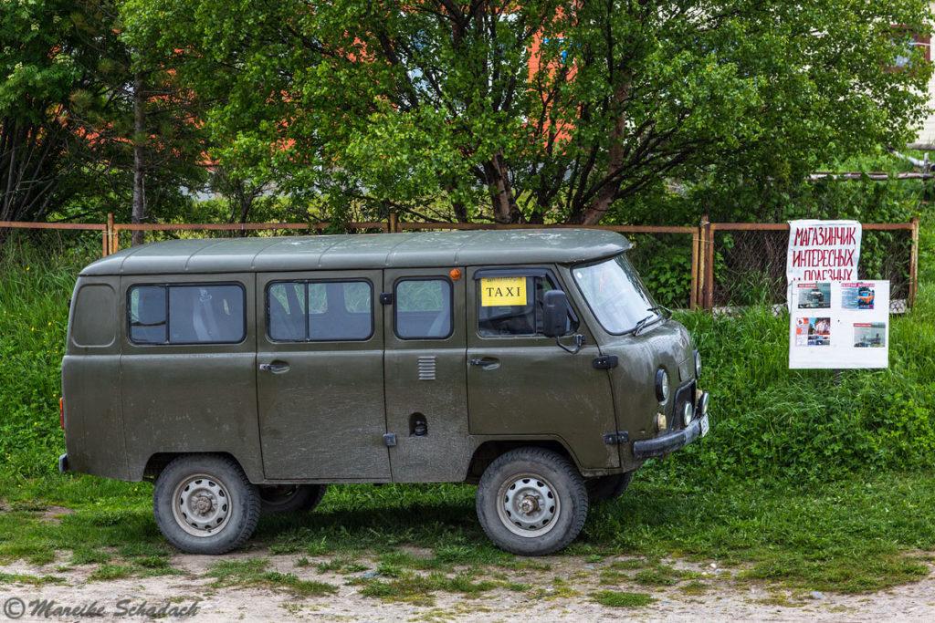 UAZ-Taxi - Solowezki-Inseln - Reisetipps
