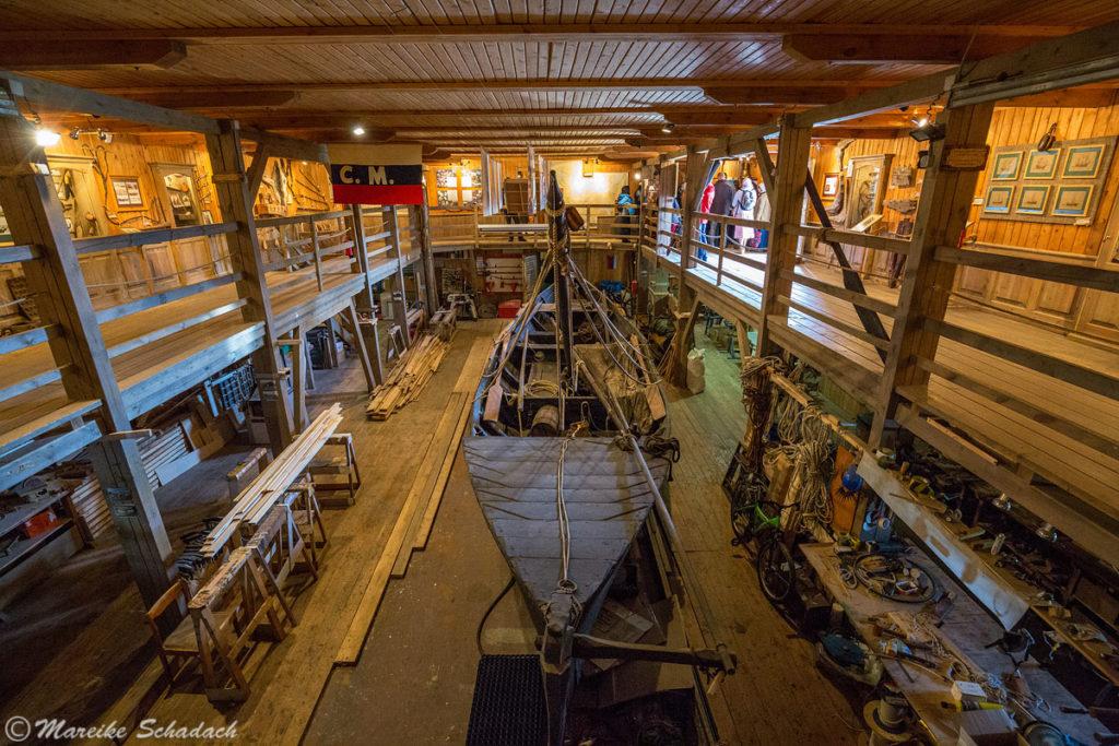 Rekonstruiertes Boot - Solowezki-Inseln - Reisetipps