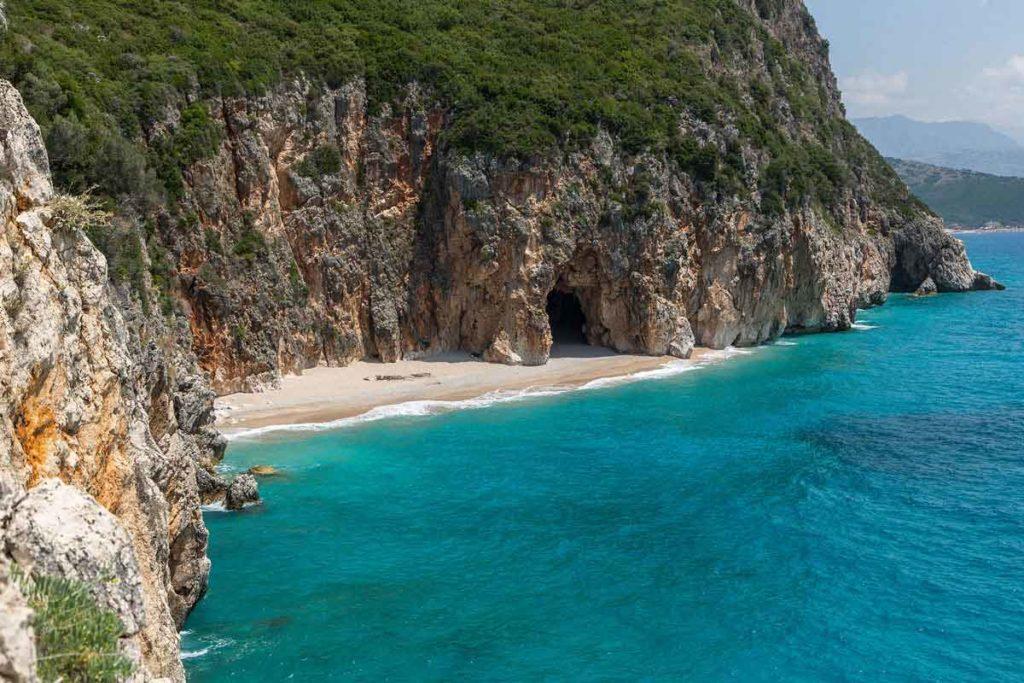 kleine Bucht südlich vom Strand Gjipe