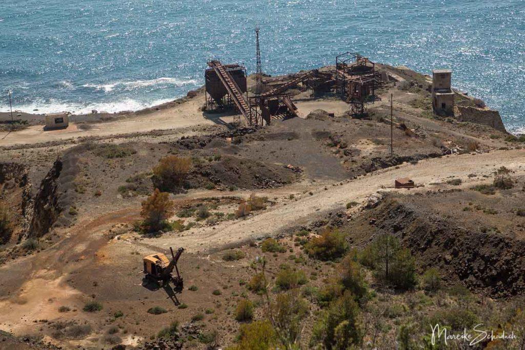 Stillgelegte Förderanlagen der Minen von Capoliveri auf Elba