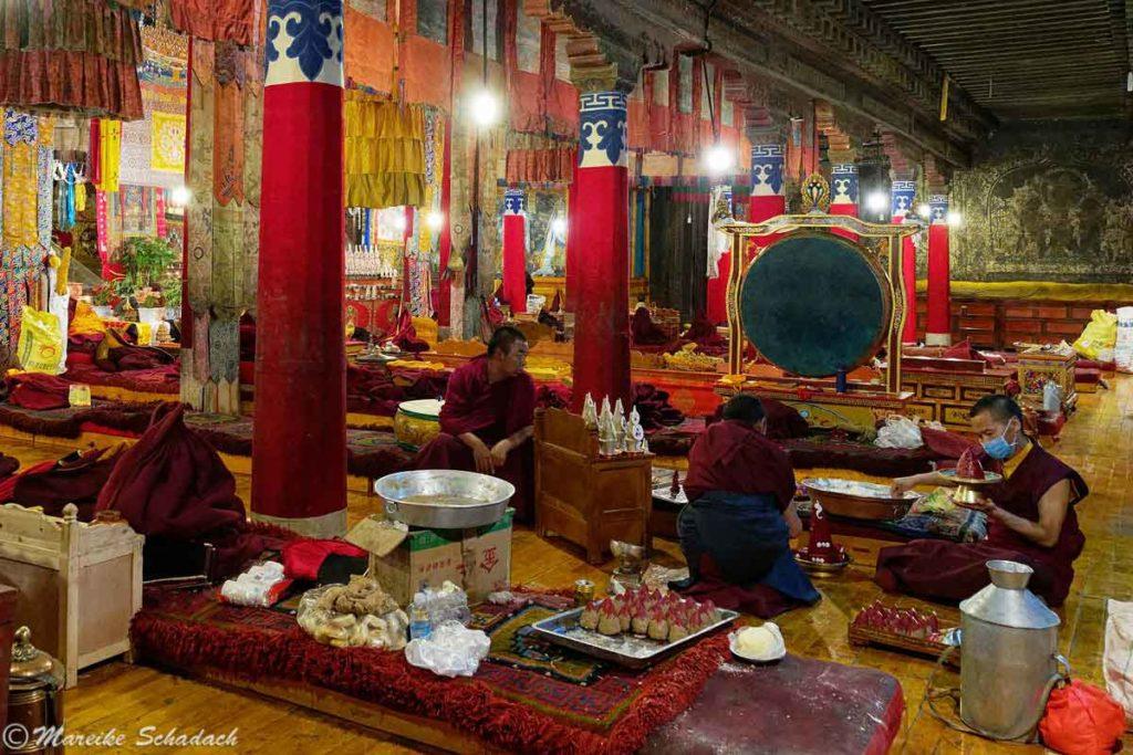 Gebetshalle des Pelkor Chöde Klosters