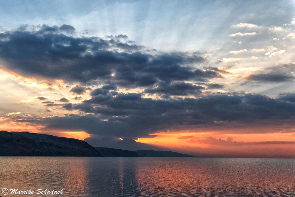 Abendstimmung am heiligen See Manasarovar