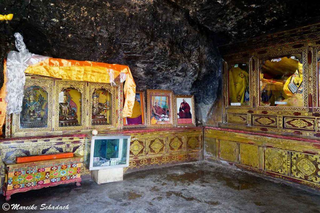 Felshöhle im Drak Yerpa Kloster