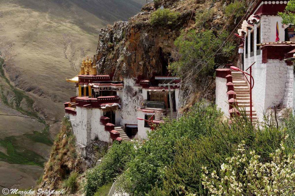 Das Drak Yerpa Felsenkloster
