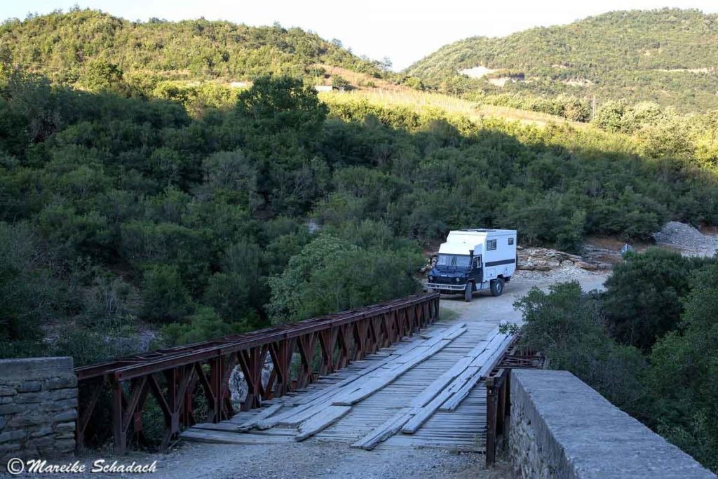 Roadtrip in Albanien Stellplatz am Osum Canyon
