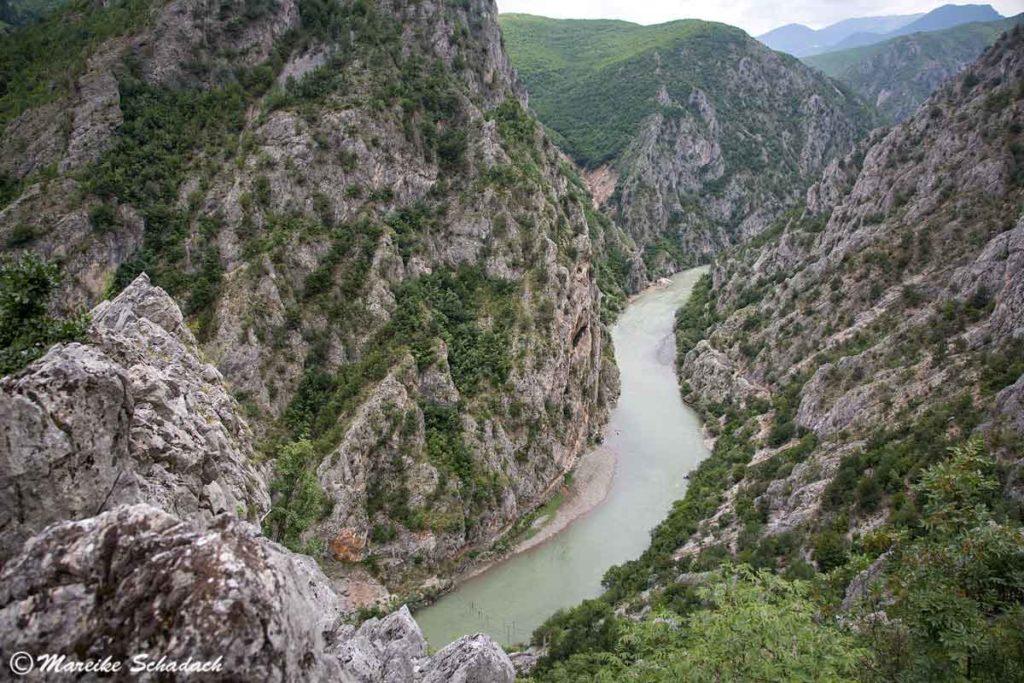 Aussichtspunkt am Schwarzen Drin in Albanien