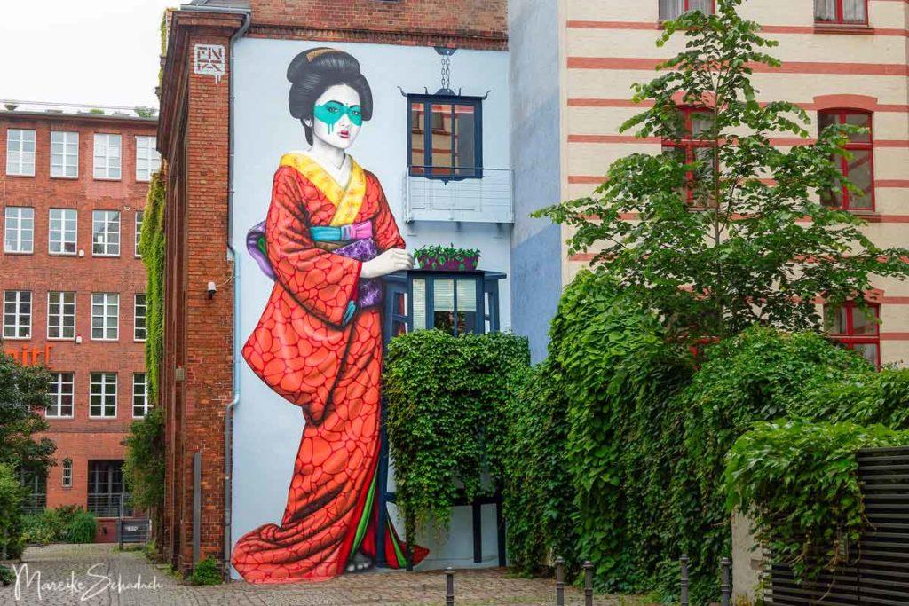 Mural von Fin Dac: Engeika - Street Art Map Berlin