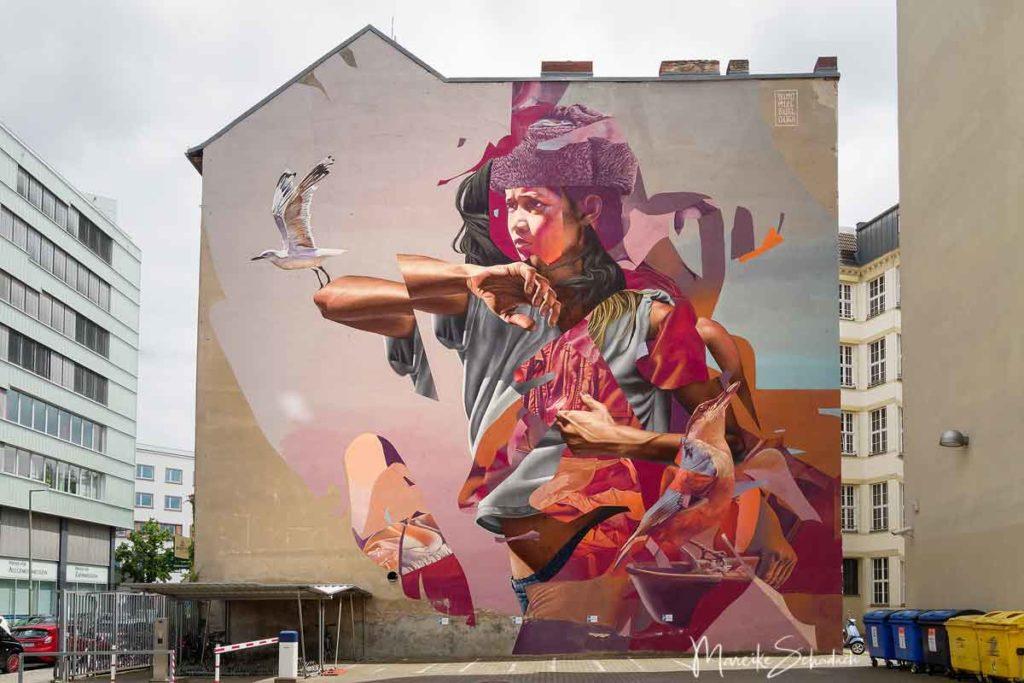Mural von James Bullough, Telmo Miel: unified - Street Art Map Berlin