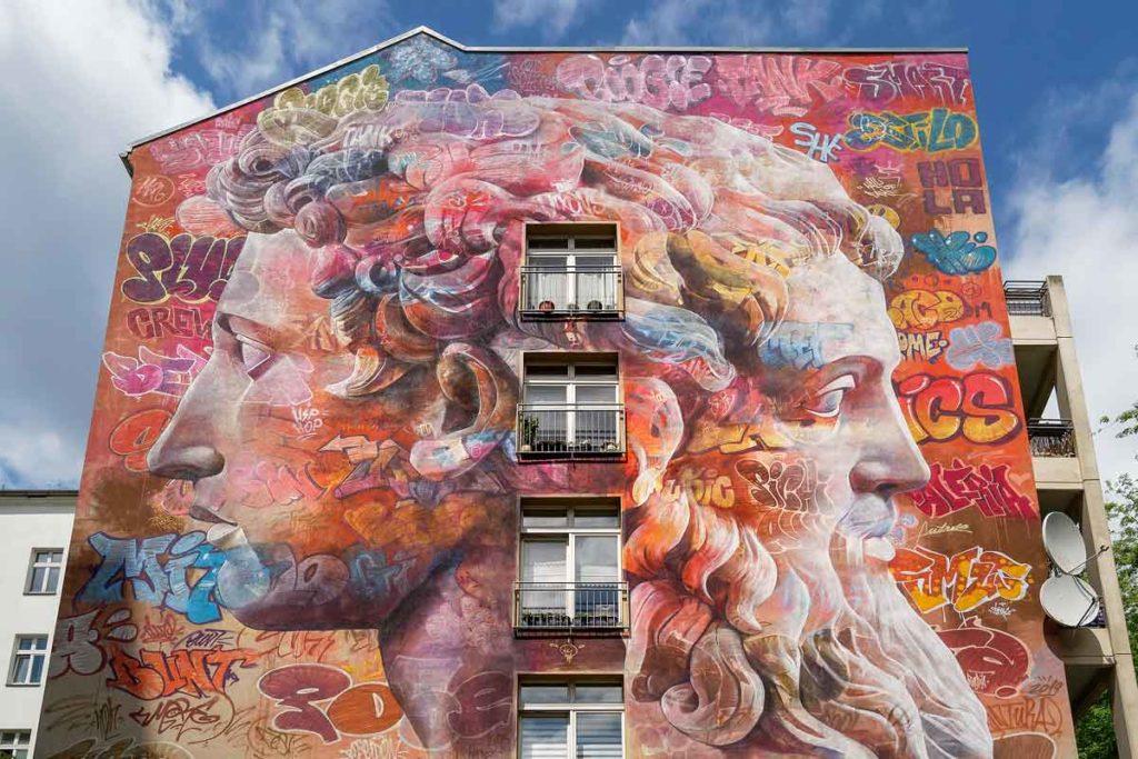 Mural von Pichi Avo: Janus - Street Art Map Berlin