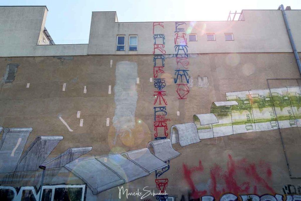 BLU: tear down this wall