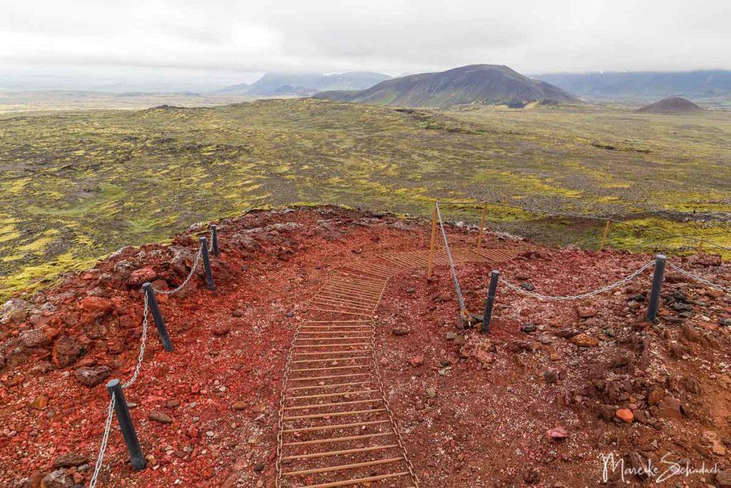 Weg zum Einstieg in Islands Vulkan Thrihnukagigur