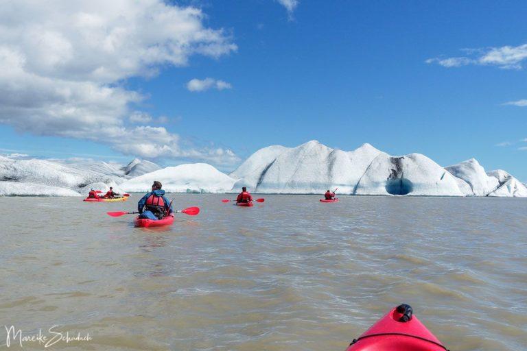 Kajaktour auf der Gletscherlagune Heinabergslón in Island