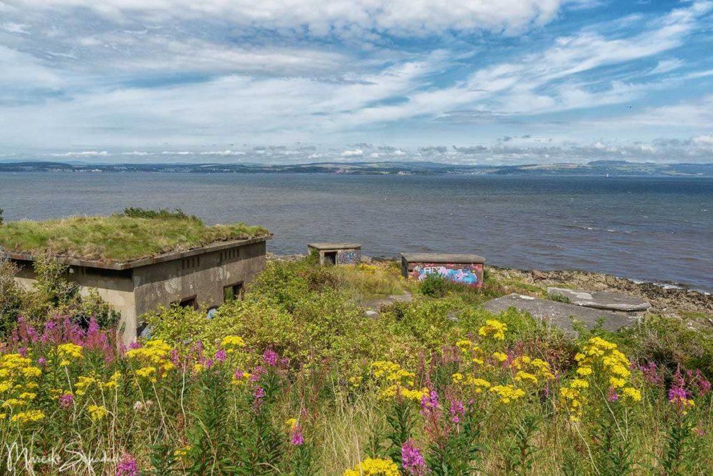 Bunker auf der Geisterinsel Cramond bei Edinburgh