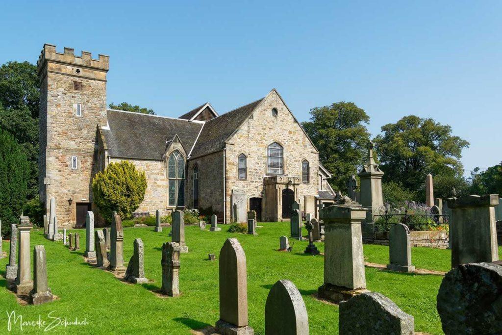 Kirche und Friedhof Cramond