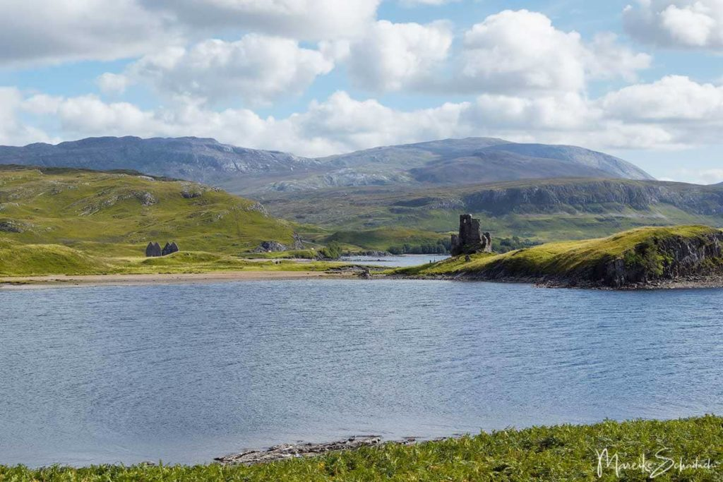 Ardvreck Castle - North Coast 500 – Roadtrip in Schottland