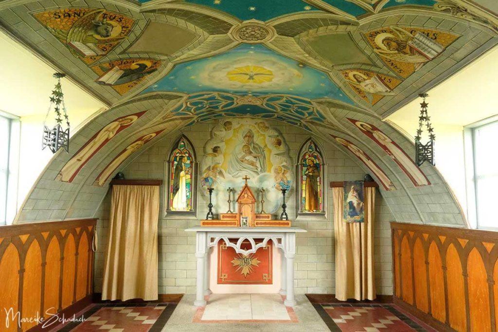 Sehenswerte Italian Chapel auf einem Roadtrip über die Orkney Inseln
