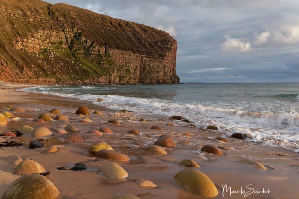 Strand in der Rackwick Bay