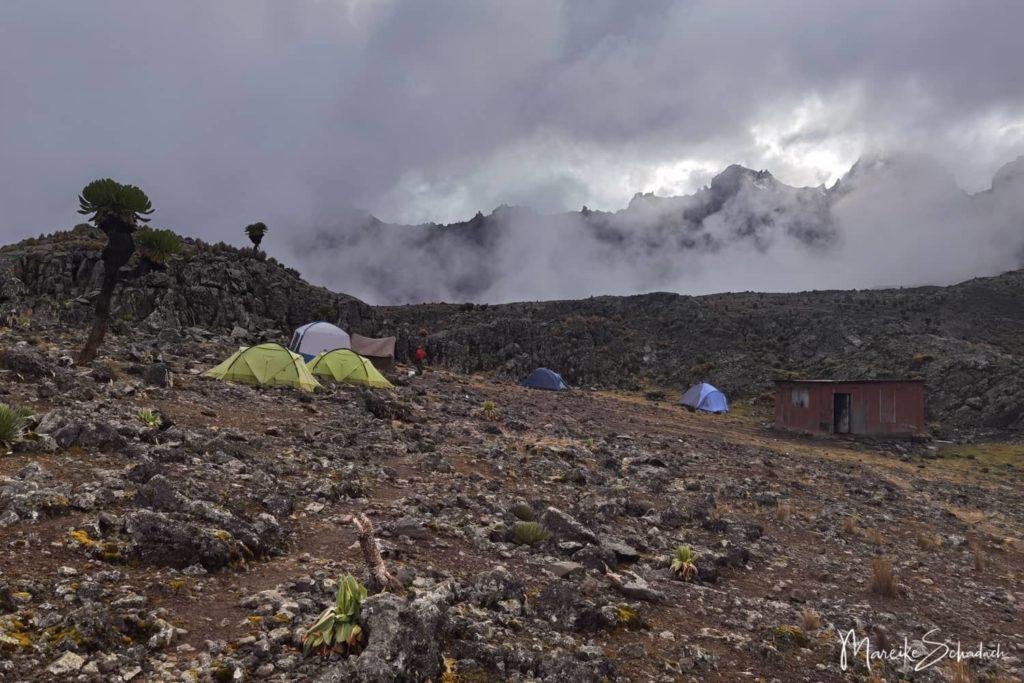 Mount Kenya Lenana - Mintos Camp