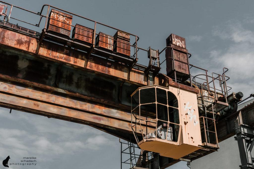 Fototour zur Industriearchitektur Schöneweide Berlin, hier die Kranbahn