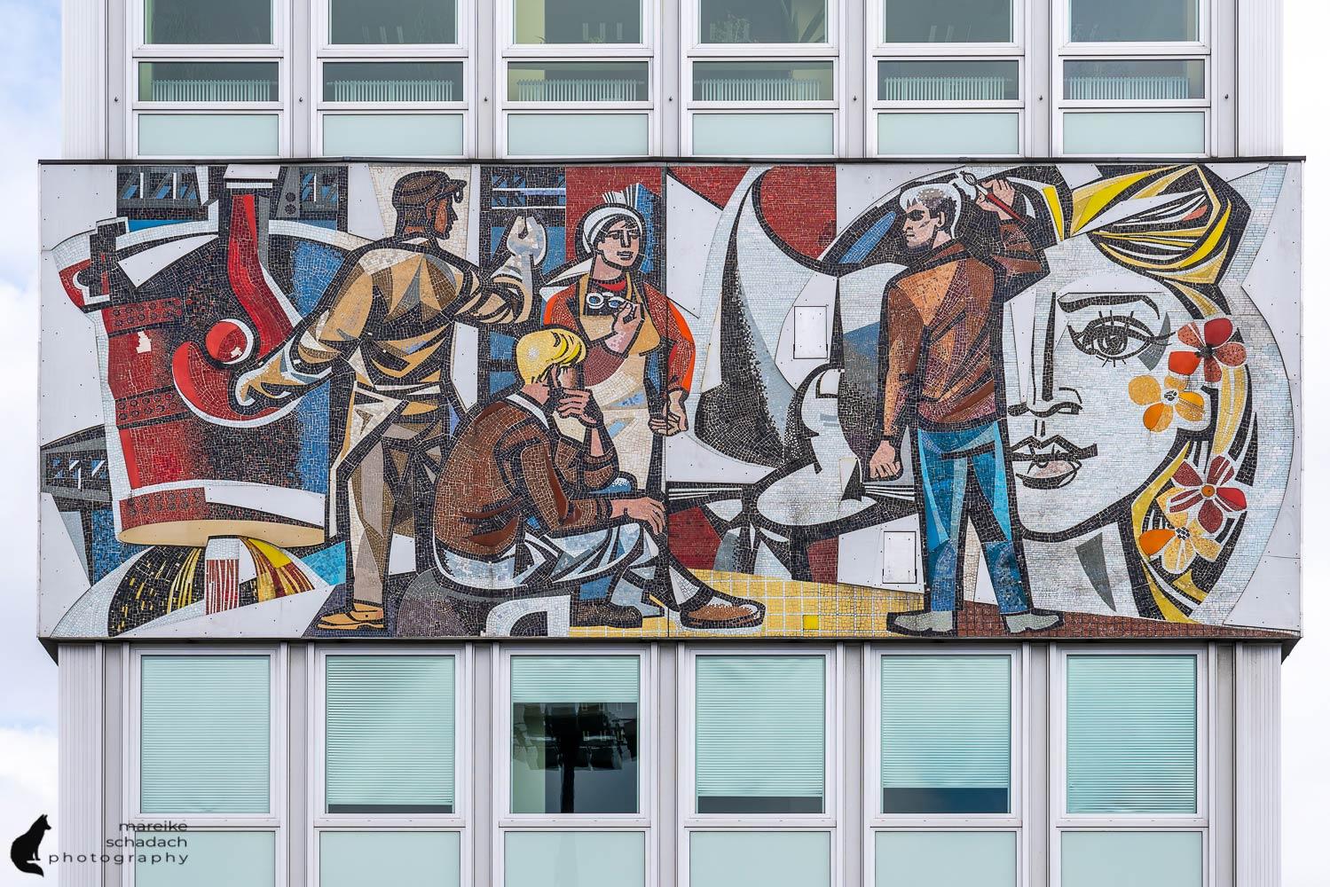 DDR Architektur in Berlin: Haus des Lehrers und Berliner Kongress Center
