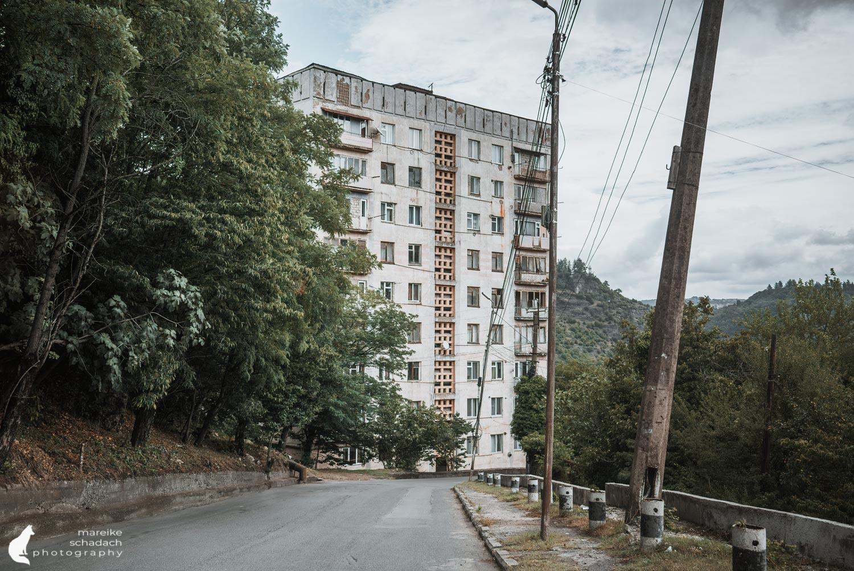 Wohngebäude in Tschiatura